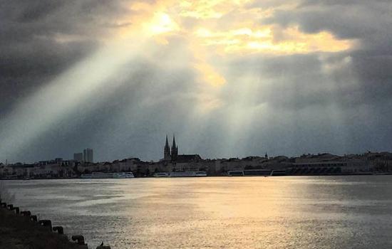 Les Chartrons, quartier très prisé de la ville de Bordeaux en matière de tourisme, de qualité de vie et d'immobilier