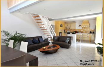Vente Maison T6+ Illats 228 m carré - 1
