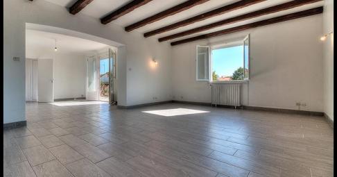 Maison T6+ Salles-sur-Mer France 122 m carré - 310 000€