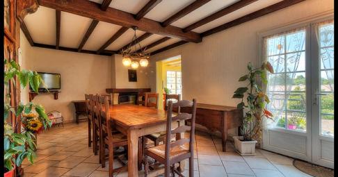 Maison T6+ Breuil-Magné France 137 m carré - 230 000€