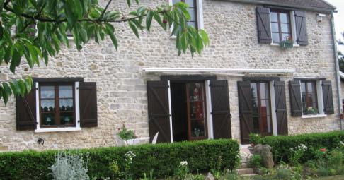 Maison T6+ Moret-sur-Loing France 176 m carré - 285 000€