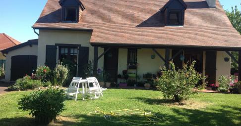 Maison T1 Idron France 145 m carré - 295 000€